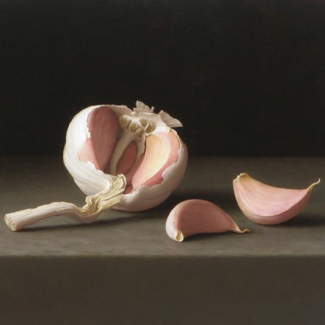 Garlic Bulb with Cloves