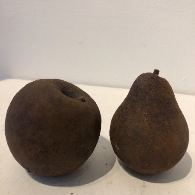 Whole Apple & Pear